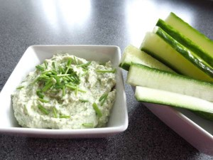 Artisjokdip komkommer (2)